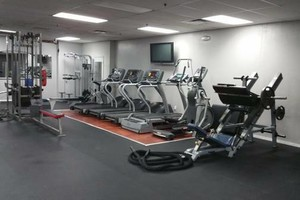 Photo #3: Personal Trainer. Free Session!!