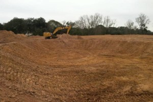 Photo #6: LAND CLEARING/ EXCAVATION/ GRAVEL ROADS/ DEMOLITION
