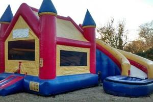 Photo #6: Backyard Bouncers Available