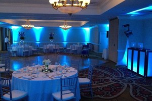 Photo #1: Professional DJ for all events w/ FREE LIGHT SHOW