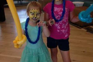 Photo #22: Face Painting & Free Ballon Twisting for your event!