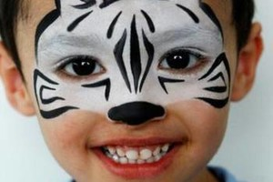 Photo #16: Face Painting & Free Ballon Twisting for your event!