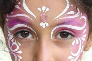 Photo #15: Face Painting & Free Ballon Twisting for your event!