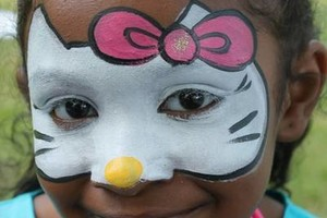 Photo #9: Face Painting & Free Ballon Twisting for your event!