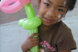 Photo #2: Face Painting & Free Ballon Twisting for your event!