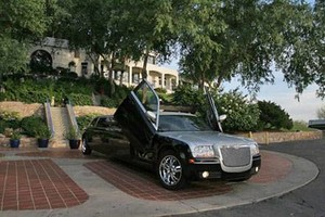 Photo #20: Imagine Limousine. 25% Holiday Discount on Limo and Party Bus Rentals