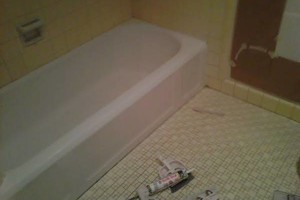 Photo #4: Bathtub & Tile Refinish, Repair