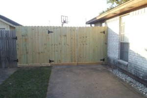 Photo #4: Wood Fence-Install/Replace. No Deposit