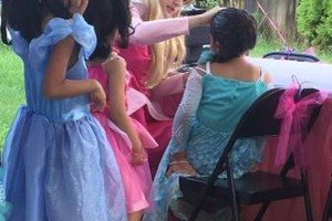 Photo #16: PRINCESS Snow White BIRTHDAY PARTIES!