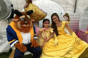 Photo #3: PRINCESS Snow White BIRTHDAY PARTIES!
