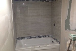 Photo #3: THE PERFECT TOUCH - CUSTOM TILE SHOWER