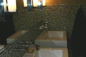 Photo #4: Quality Bathroom Remodeling