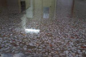 Photo #1: Robin'S Flooring & Restoration