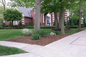 Photo #10: Landscaping, Mulch, Retaining Walls, Sod, Fence Staining