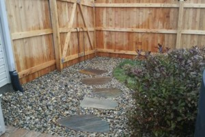 Photo #9: Landscaping, Mulch, Retaining Walls, Sod, Fence Staining