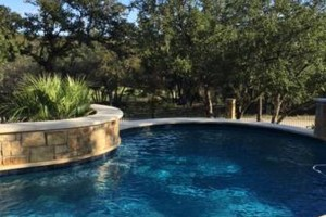 Photo #1: Pool Cleanings and Repair/Maintenance
