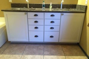 Photo #9: CABINET REFINISHING - Vibrant Painting. Licensed - Bonded - Insured