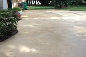 Photo #5: Pressure Wash Driveway!!! Call TODAY to Schedule Your Appointment!