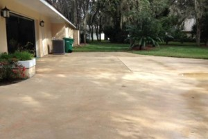 Photo #4: Pressure Wash Driveway!!! Call TODAY to Schedule Your Appointment!