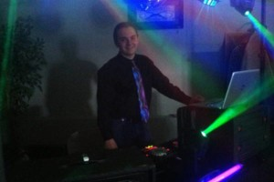 Photo #9: DJ SERVICE. HIGH RHYTHM ENTERTAINMENT. MOBILE DJ SERVICE