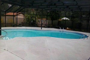 Photo #9: PRESSURE CLEANING & PAINTING LIC. INS. FREE ESTIMATES!