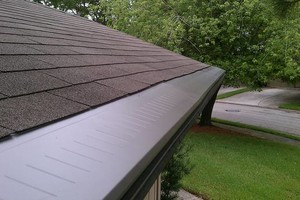 Photo #3: SEAMLESS GUTTERS, SOFFIT, SCREENROOM