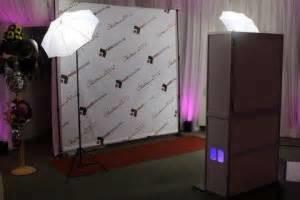 Photo #2: DJ Karaoke, Wedding Photobooth, Photo Booth