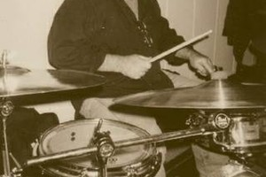 Photo #1: DRUM LESSONS LEARN FAST!