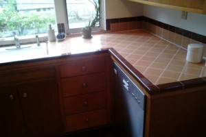 Photo #7: Guests arriving ?... Is your COUNTER TOP dingy?! Call Bathtub Rescue!