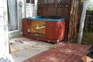 Photo #2: VERY PROFESSIONAL! HAUL IT 4 LESS. ALL JUNK & HOT TUB REMOVAL!