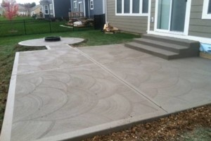 Photo #1: MEN OF MUD CONCRETE - Patios, Sidewalks, Driveways, Steps and Repairs