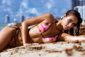 Photo #8: SWIMWEAR PORTFOLIO PHOTOGRAPHY
