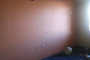 Photo #2: H N H RED ZONE. 24HR PAINTING AND REMODELING