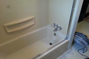 Photo #13: Bathtub refinishing $200 1yr warranty