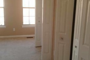 Photo #23: INTERIOR AND EXTERIOR PAINTING