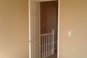 Photo #21: INTERIOR AND EXTERIOR PAINTING