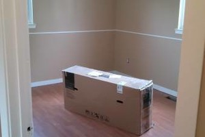 Photo #15: INTERIOR AND EXTERIOR PAINTING