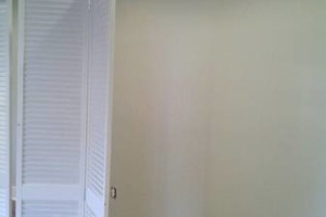 Photo #2: EXPERIENCED PAINTER CONTRACT WORK