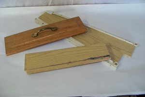 Photo #4: Do you have drawers that need repair?!