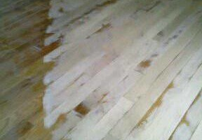Photo #9: PROFISSIONAL FLOORS SAND AND INSTALL
