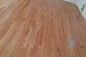 Photo #2: HARDWOOD FLOOR REFINISHING (+ SAND and REPAIR)