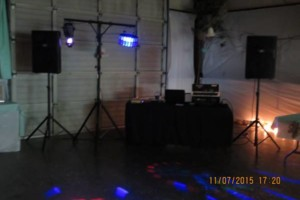 Photo #2: Music By Eric. Professional Disc Jockey