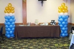 Photo #4: Balloon Centerpieces and Columns