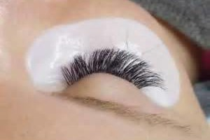 Photo #2: 2D, 3D. 4D VOLUME EYELASH EXTENSIONS