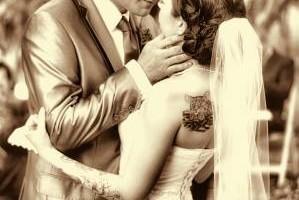 Photo #6: Wedding Photography - Vegas Sign, Eiffel Tower, Bellagio Fountains....