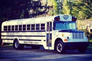 Photo #2: Prom Party bus specials!
