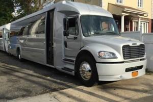 Photo #1: ***NY/LI Limousine & Party Bus Transportation- 1 HOUR FREE**