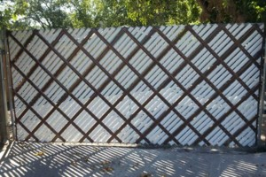 Photo #3: Chain link /Wooden fence