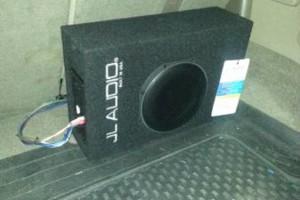 Photo #1: Elegant Car. Car stereo + 4 speaker installation only $85.00 !