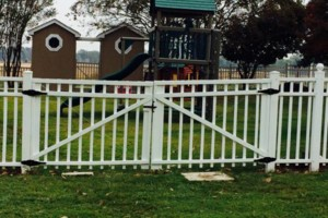 Photo #18: Fence & Deck (Build & Repair). Outdoor Creations